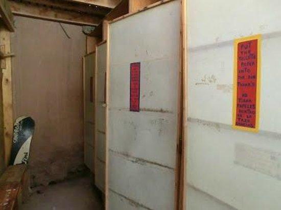 HI San Pedro de Atacama: Baños (WC)