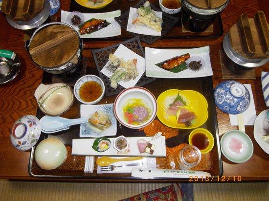 Gonohe Makiba Onsen: 別注の5250円の夕食