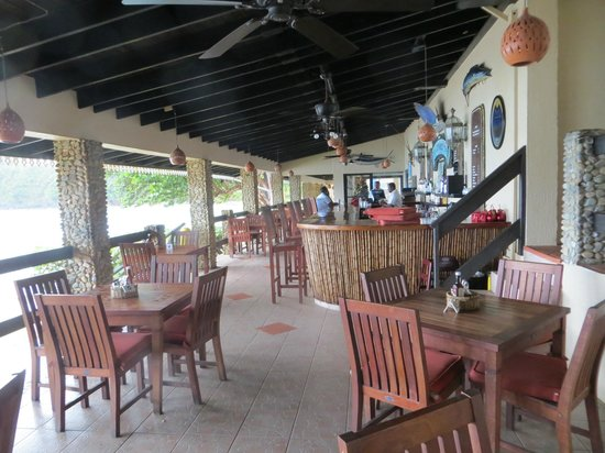 Blue Waters Inn: Blue Waters dinning area
