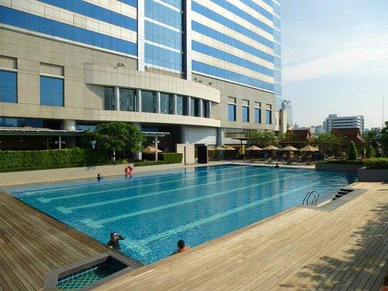Pathumwan Princess Hotel: Pool