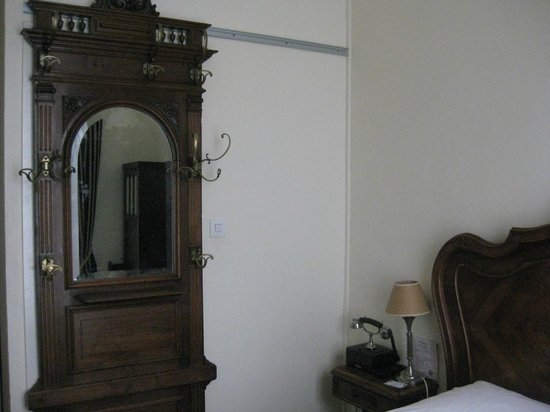Detective Hotel : Дверь в санузел