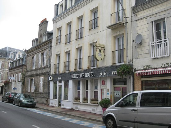 Picture of detective hotel for Hotels etretat