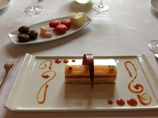 Restaurant du Chateau de Divonne : Desserts !!
