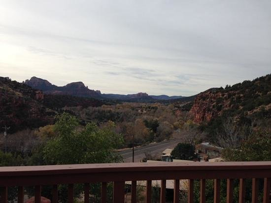Sedona Views Bed and Breakfast: Balcony View