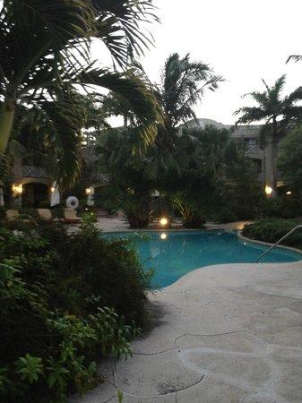 Royal West Indies Resort: adult pool