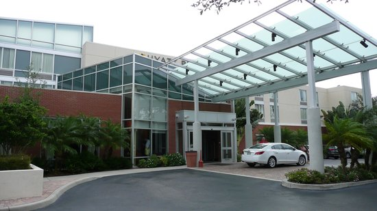 Hyatt Place Sarasota / Bradenton Airport: The Entrance