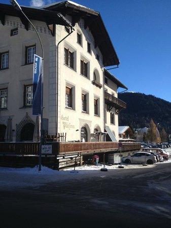 Hotel Parsenn: front