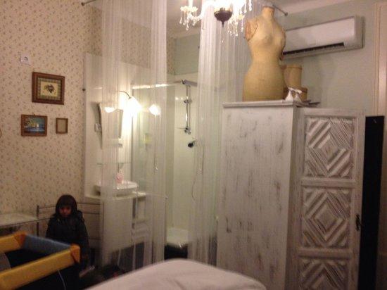 Nasoni Guest Hostel : Baño integrado