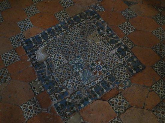 Monasterio de Nuestra Señora de la Piedad: Detalle del suelo