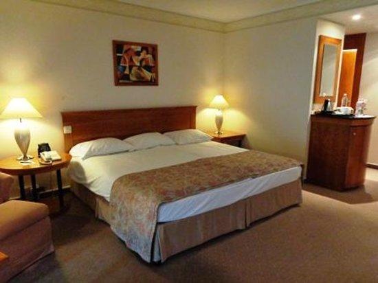 Hilton Budapest : ベッド