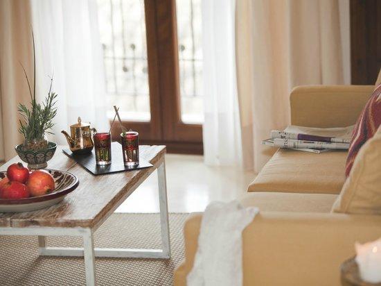 """Jardi d´Artá Boutique-Hotel: Doble superior, """"Galerìa 2"""" mit direktem Zugang zum Garten"""