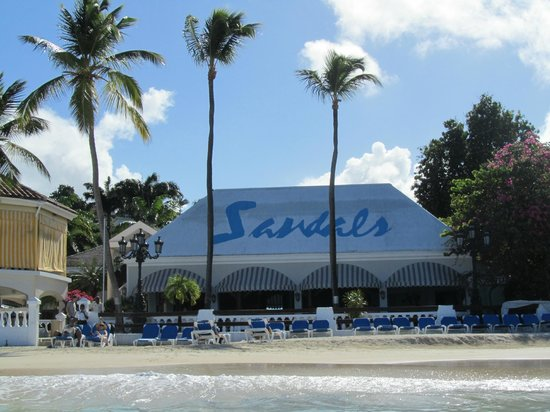 Sandals Grande Antigua Resort & Spa: View of Eleanor's from the beach