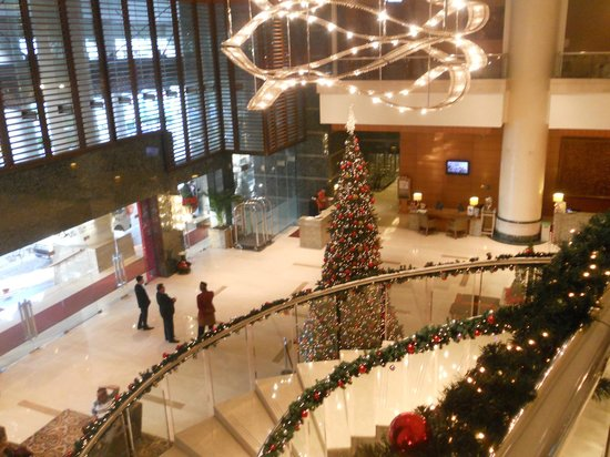 Lobby view from mezzanine floor - Christmas decorations - Picture of ...