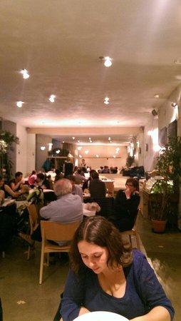 Mistral Cafe: Внутри
