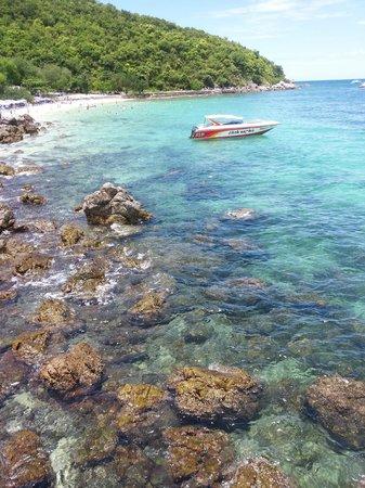 เกาะล้าน , ไทย: Samae Beach