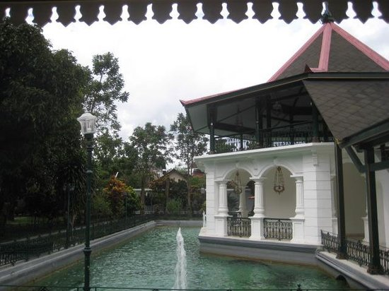 Royal Ambarrukmo Yogyakarta: another view