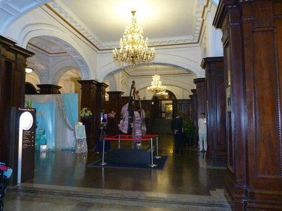 Astor House Hotel: Hall
