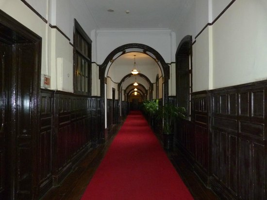 Astor House Hotel: couloir