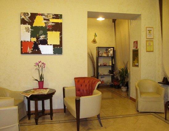 Hotel Montevecchio : Albergo-interno