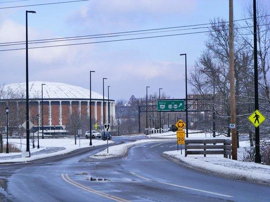 Ohio University Inn & Conference Center: close to campus
