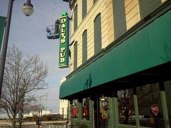 Daly's Pub : New sign at Dalys!! Beautiful!!