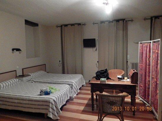 Hotel des Bains: Vue partielle de la chambre