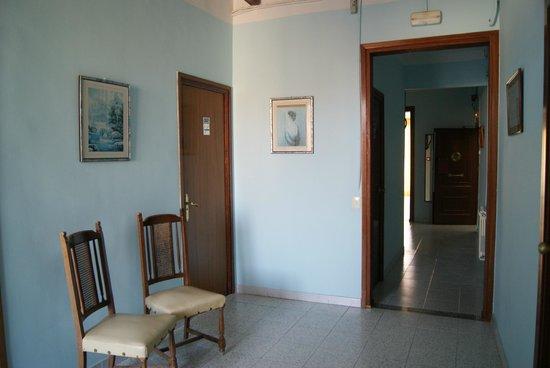 Pension Norma: Холл 3 этажа