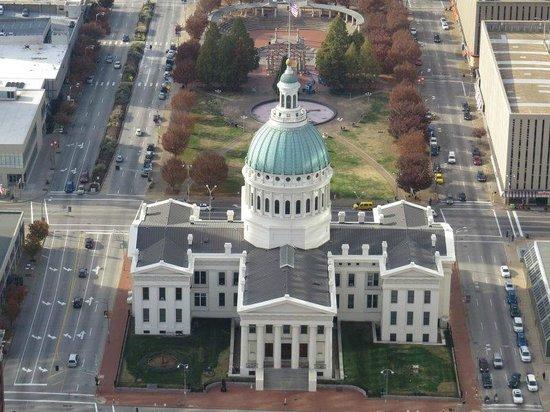 Gateway Arch: Die Aussicht auf St. Louis von oben