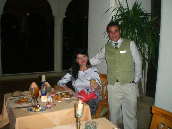 Baron Palms Resort Sharm El Sheikh : Официанты внимательны, но не навязчивы.
