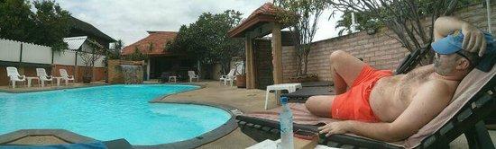 Raming Lodge Hotel & Spa: La piscina del hotel
