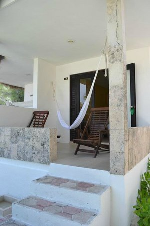 Hotel Cabanas Tulum : our front porch