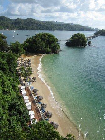 Grand Bahia Principe Cayacoa : La plage vue d'en haut