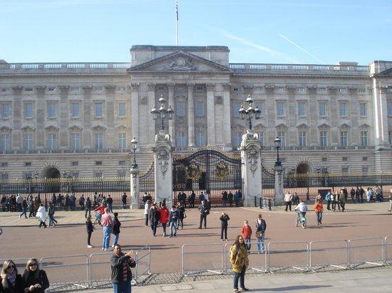 Buckingham Palace: Buckingham 3