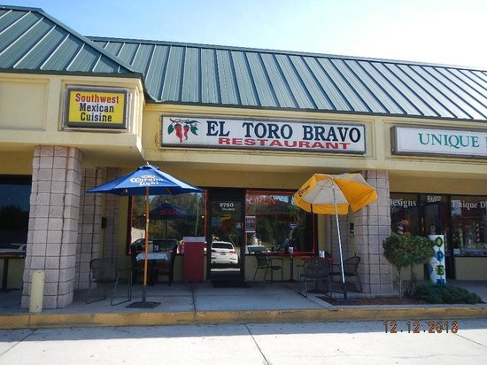 El Toro Bravo: frontage view