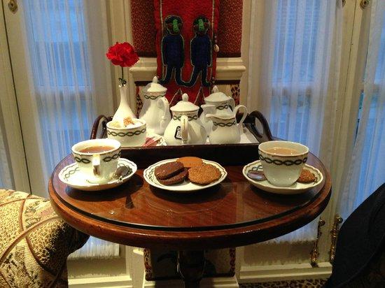 The Milestone Hotel : The perfect tea
