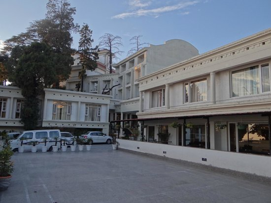 Royal Orchid Fort Resort, Mussoorie : .