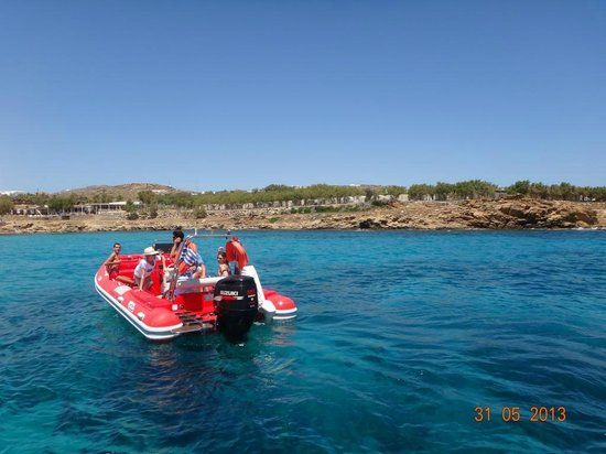 Ano Mera, กรีซ: Mykonos Diving with GoDive Mykonos at Lia beach