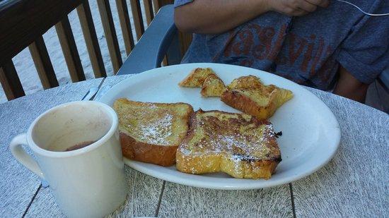 Gulf Drive Cafe : nice presentation - good eats