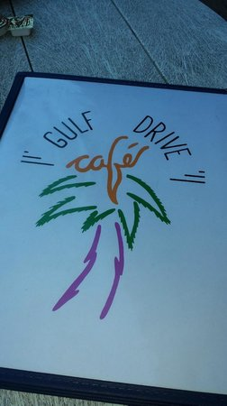 Gulf Drive Cafe : lots of choices