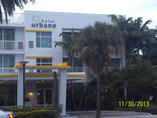 Hotel Urbano: Outside