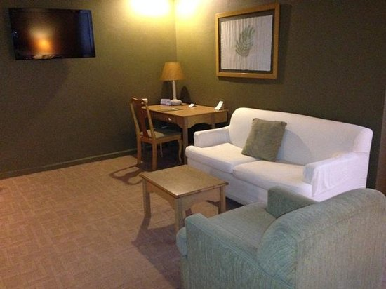 Radisson Hotel & Suites Guatemala City : room