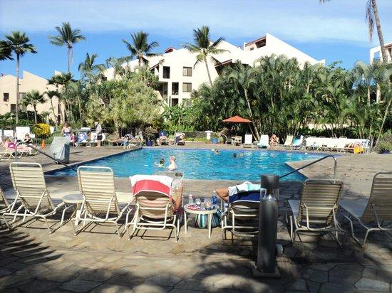 Kamaole Sands: Pool area