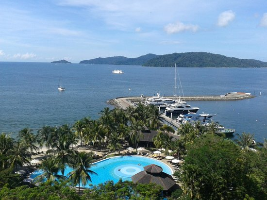 Sutera Harbour Resort (The Pacific Sutera & The Magellan Sutera): Nice sea view from 10th floor room