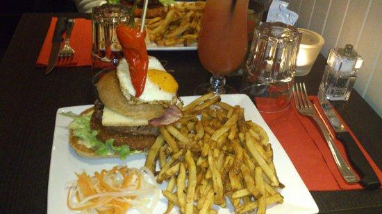 Le Cap'Tain : burger T-REX je crois