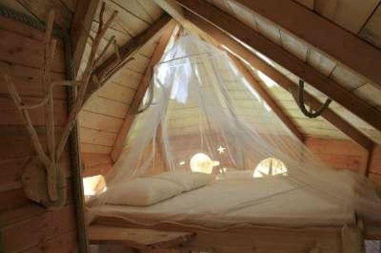 Le Domaine de la Dombes : Le lit parental