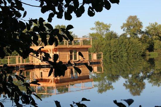 Le Domaine de la Dombes : Futur cabane flottante familiale
