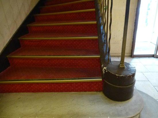 Hotel Artéa : escalier