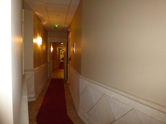 Hotel Artéa : couloir
