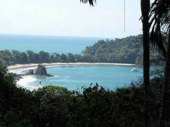Costa Verde Inn: вид на берег