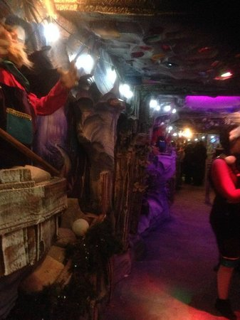 Meadowhall Shopping Centre: Inside Grotto